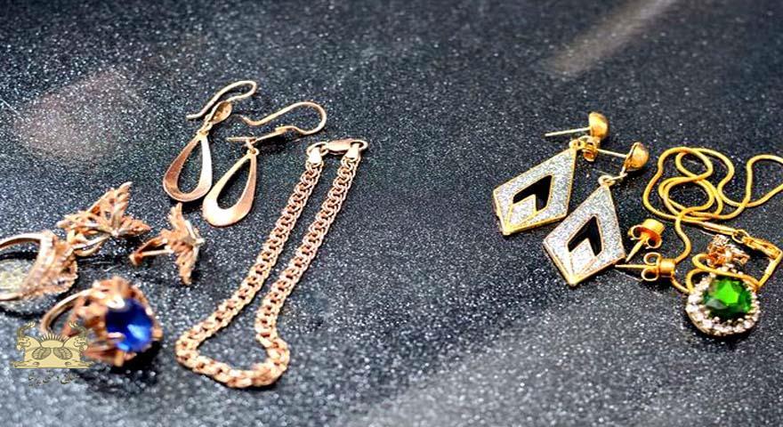 فروش طلا و جواهر